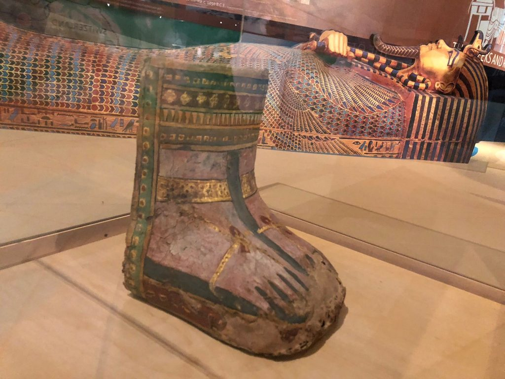 Mummy case with gilded sandals (Obj. No. unknown - Provenance unknown)