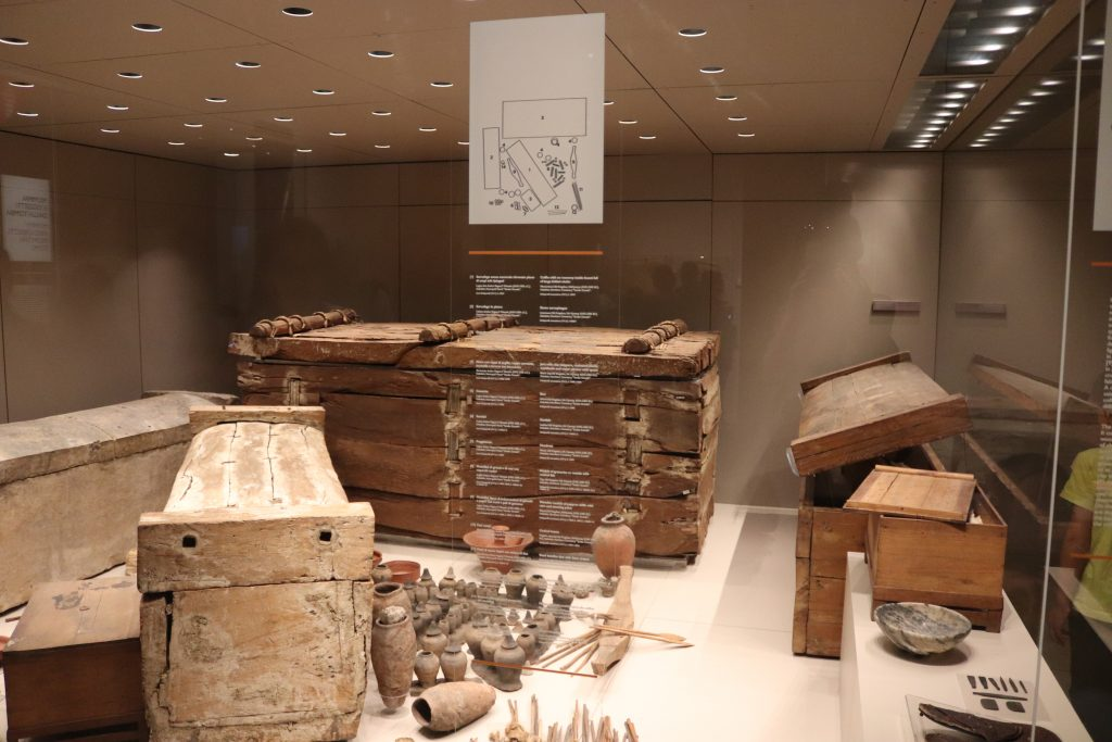 Fifth Dynasty burial assemblage of an intact tomb from            Gebelein with the artefacts displayed in their original            position, reconstructed from the notes of Virginio Rosa (ca.            2,435–2,306 BC)