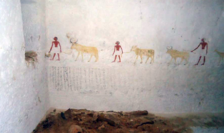 Relief showing men leading cattle in a rediscovered Middle Kingdom tomb (Photo: Ahram Online)