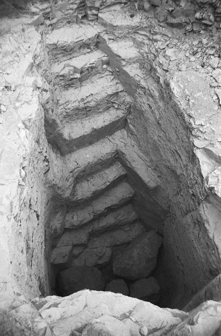 The steps leading down into KV 60 as rediscovered by the Pacific Lutheran University Valley of the Kings Project (photo: Don Ryan)
