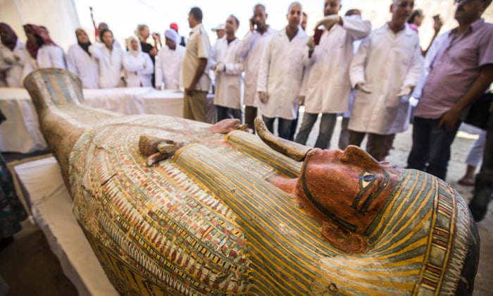 30 coffins including their mummies inside have been            discovered in a cache at al-Asasif (Photo: AFP)